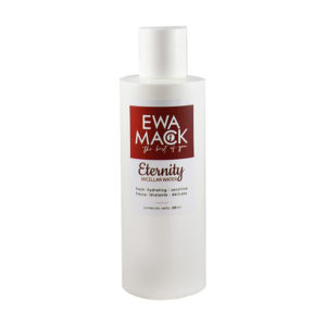 foto acqua micellare ewa mack per viso pulito e rigenerato
